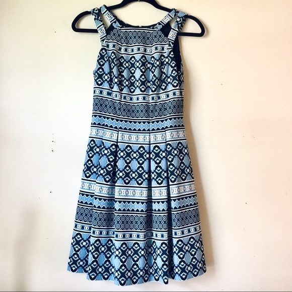 Vince camuto blue dress with pockets like new